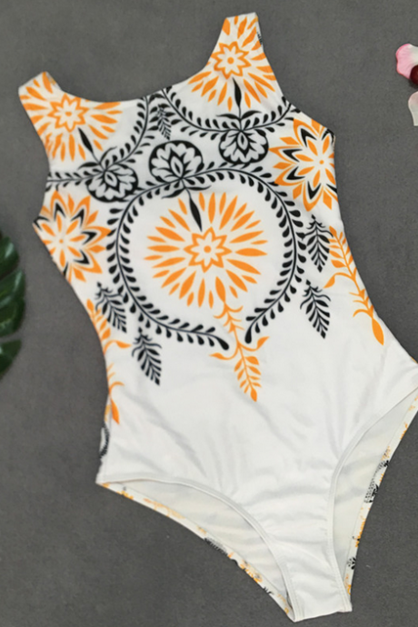 The new vintage printed bikini one-piece is sexy