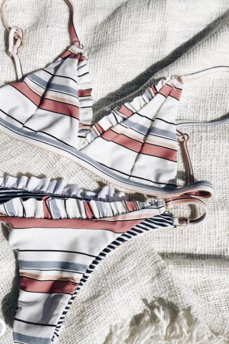 Striped print split triangle swimsuit